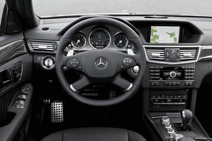 2009 Mercedes-Benz E63 AMG Estate 23
