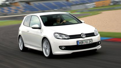2009 Volkswagen Golf R-Line 8