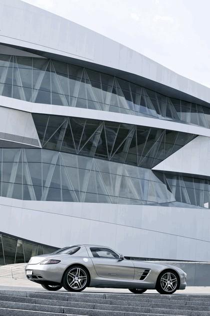 2010 Mercedes-Benz SLS AMG 57