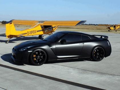 2009 Nissan GT-R R35 by Avus Performance 1
