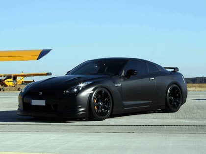 2009 Nissan GT-R R35 by Avus Performance 2