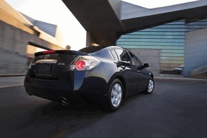 2010 Nissan Altima sedan 12