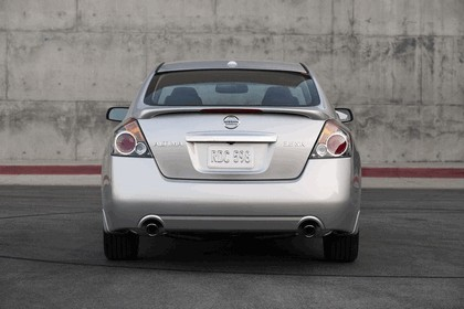 2010 Nissan Altima sedan 16