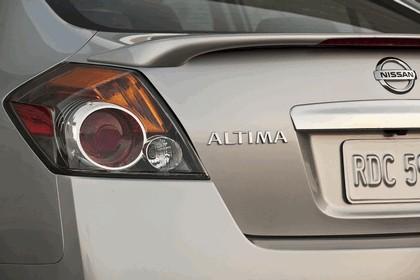 2010 Nissan Altima sedan 22