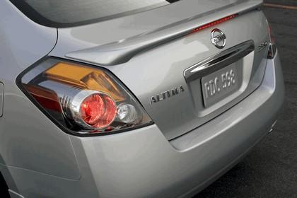 2010 Nissan Altima sedan 23