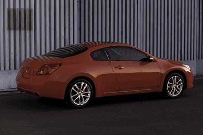 2010 Nissan Altima coupé 3