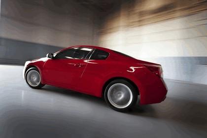 2010 Nissan Altima coupé 4