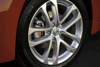 2010 Nissan Altima coupé 18