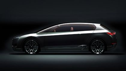2009 Subaru Hybrid Tourer concept 5