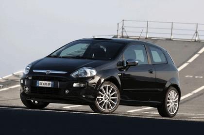 2009 Fiat Punto Evo 32