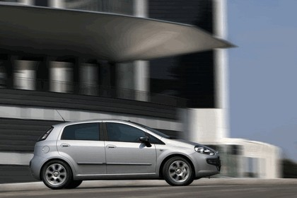 2009 Fiat Punto Evo 34