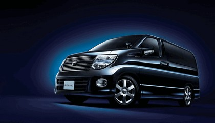 2010 Nissan Elgrand 350 Highwaystar Black leather edition (2WD) 1