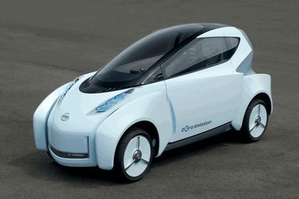 2009 Nissan Land Glider concept 5