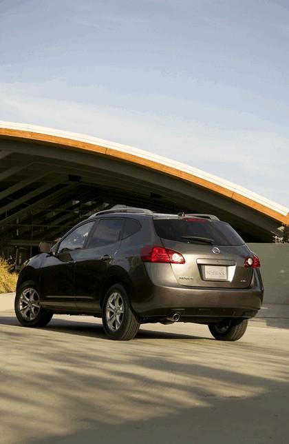 2010 Nissan Rogue 11