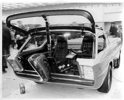 1967 Dodge Deora 27
