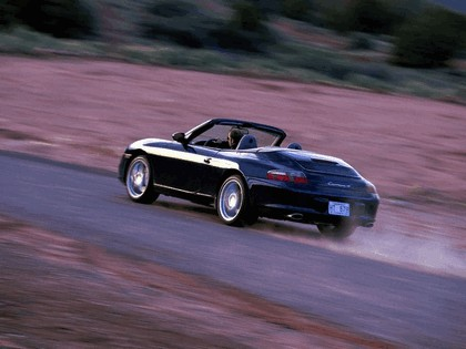 2004 Porsche 911 Carrera 4 cabriolet 3