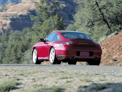 2004 Porsche 911 Carrera 4S 3