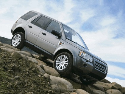 2008 Land Rover LR2 4