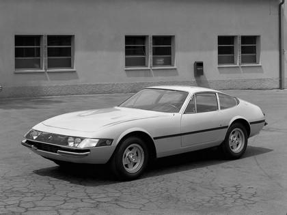 1968 Ferrari 365 GTB-4 6