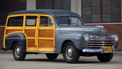 1947 Ford Super Deluxe station wagon 7