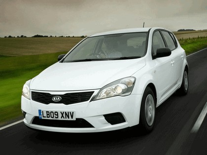 2009 Kia Ceed - UK version 3