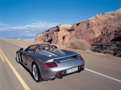 2004 Porsche Carrera GT 30