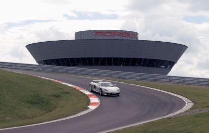 2004 Porsche Carrera GT 105