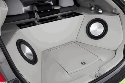 2009 Toyota Billabong Venza 4