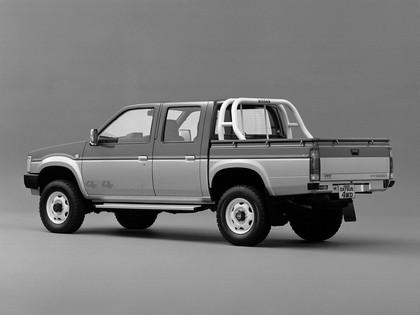 1985 Nissan Datsun 4WD double cab ( D21 ) 4