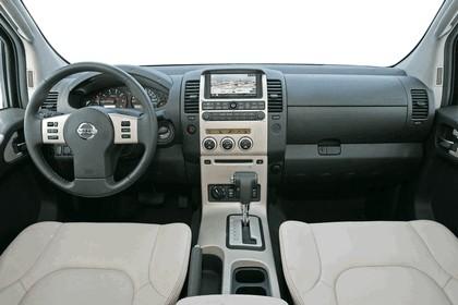 2007 Nissan Navara 16