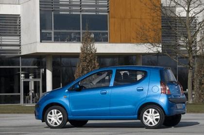 2008 Nissan Pixo 9