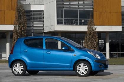 2008 Nissan Pixo 10