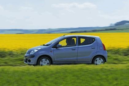 2008 Nissan Pixo 38