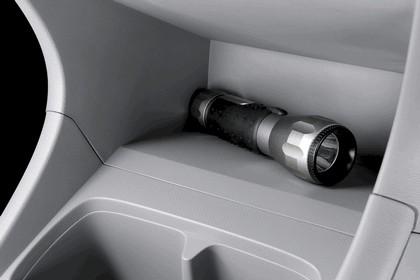 2008 Nissan Pixo 102