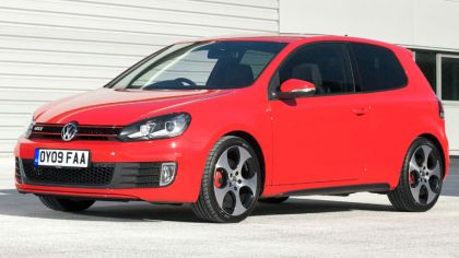 2009 Volkswagen Golf VI GTI 3-door - UK version 1