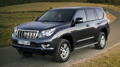 2010 Toyota Land Cruiser 150 Prado 5-door - UK version 7