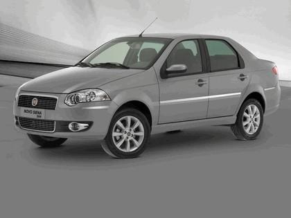 2008 Fiat Siena 4