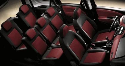 2010 Fiat Doblò 5