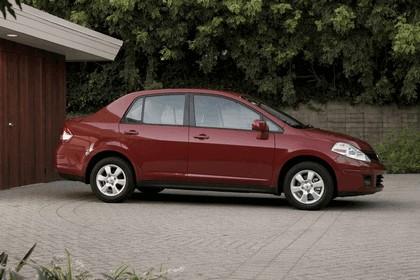 2010 Nissan Versa sedan 5