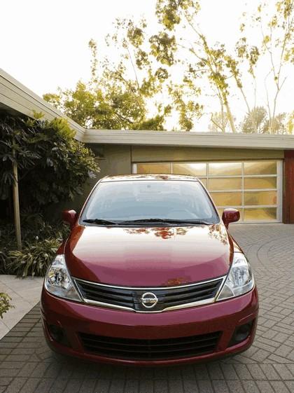 2010 Nissan Versa sedan 7