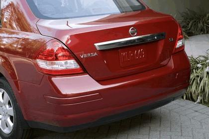 2010 Nissan Versa sedan 18