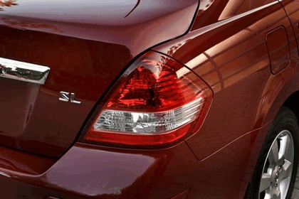 2010 Nissan Versa sedan 20
