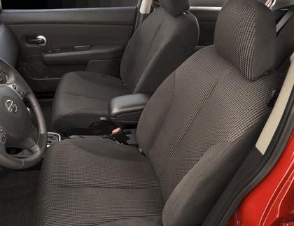 2010 Nissan Versa sedan 24