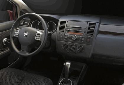 2010 Nissan Versa sedan 30