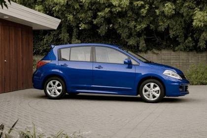 2010 Nissan Versa hatchback 1