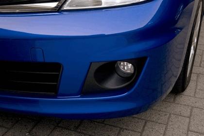 2010 Nissan Versa hatchback 17