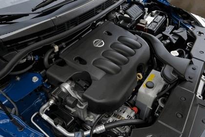 2010 Nissan Versa hatchback 31