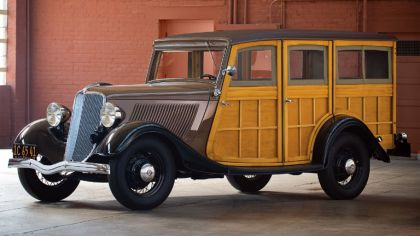 1933 Ford V8 Station Wagon 1
