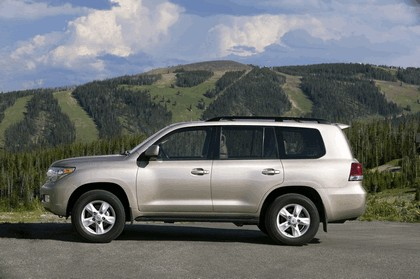 2009 Toyota Land Cruiser 3