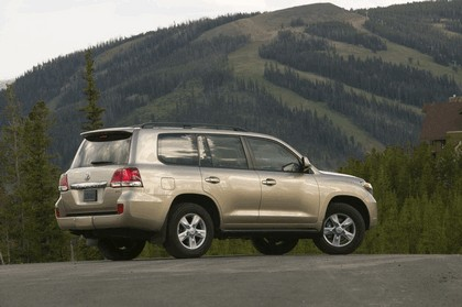 2009 Toyota Land Cruiser 14